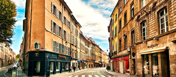 Aix-en-Provence France hotels under 100 dollars