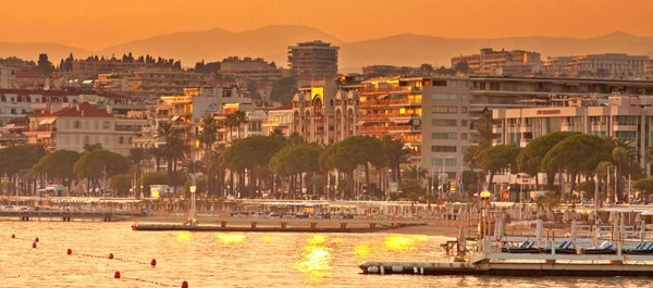 Cannes France hotels under 100 dollars