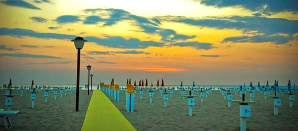 Riccione hotels under 100 dollars